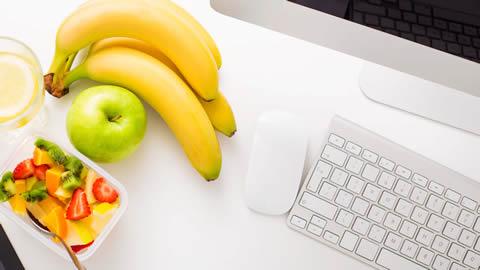 Vers fruit op kantoor