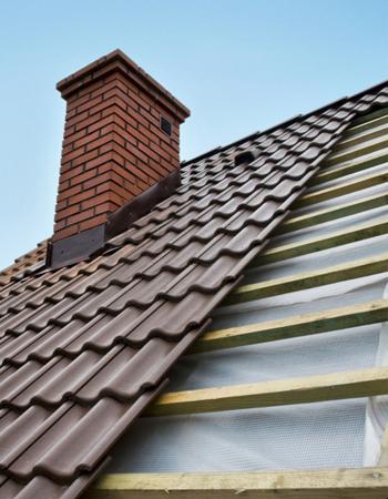 Prix rénovation d'un toit en pente