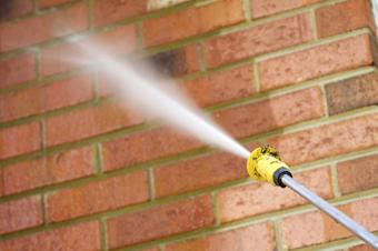 Travaux de façade: nettoyage à la vapeur